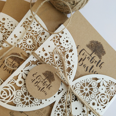 wedding stationery with dentelle exterior